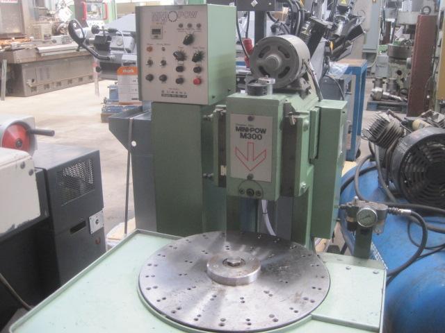 B m macchine utensili s r l for Mini pressa idraulica